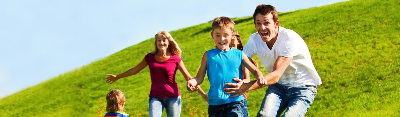 happy-family-lifestyle.400.888
