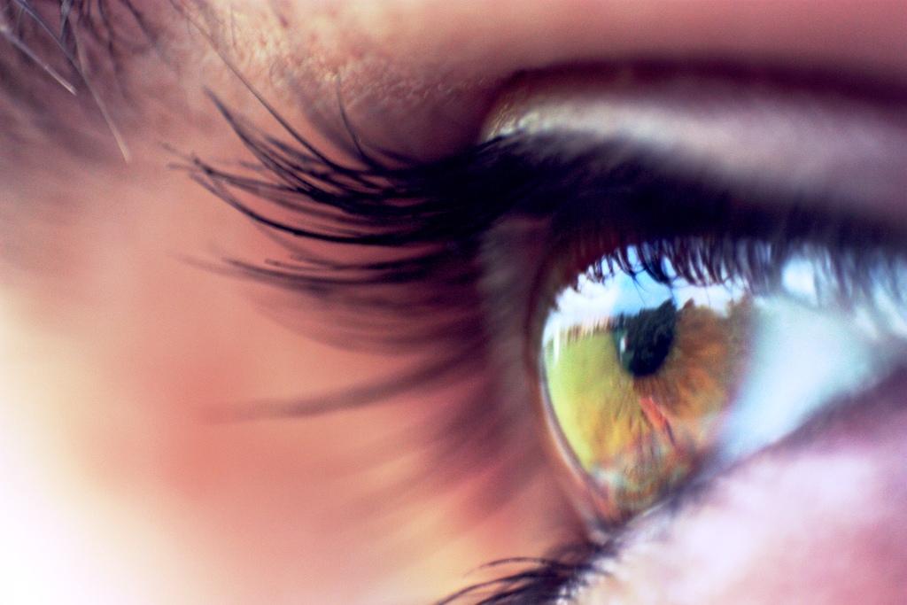 oči, ochrana sítnice